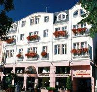 hotel_atrium