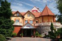 hotel-nadpisa01